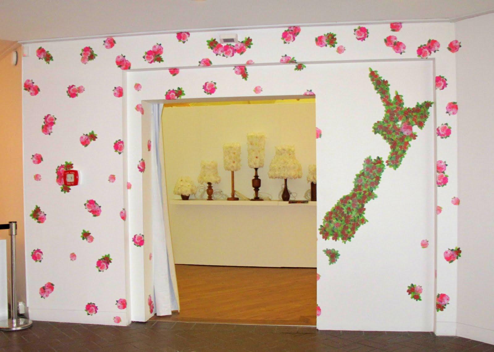 Puti Puti: The Flower in Contemporary New Zealand Art - StickyTiki