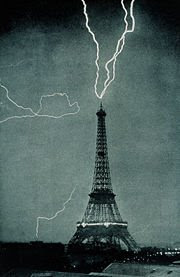 Eiffel Tower Lightning Strike Picture on Lightning Strikes The Eiffel Tower In 1902