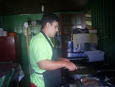 Esse é o chefe da cozinha