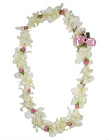 White flower Lei