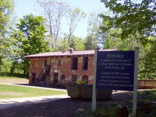 Becchi House