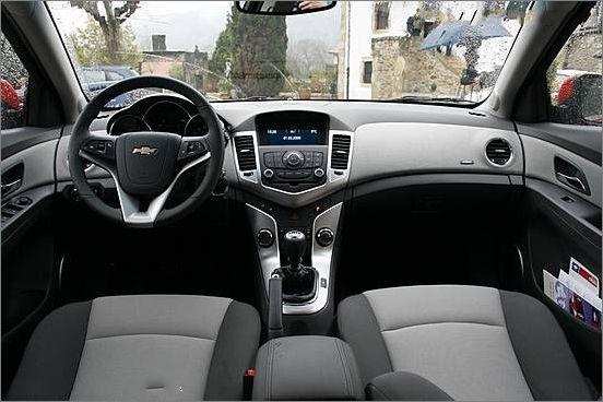 Amazing Pictures And Auto Cars Chevrolet Cruze