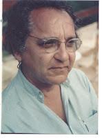 O Poeta e crítico literário, Mauro Gama, nasceu em 1938, no Rio de Janeiro. Estudou letras clássicas e ciências sociais, em que se licenciou pela UERJ. - MG(1992)