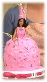 PASTEL DE PRINCESA CON UNA MUECA BARBIE