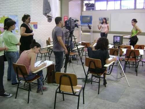 25 alunos da CAP ESCOLA DE TV EM SALVADOR gravaram