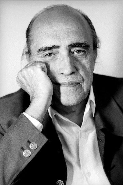 historiadartenobrasil: Oscar Niemeyer