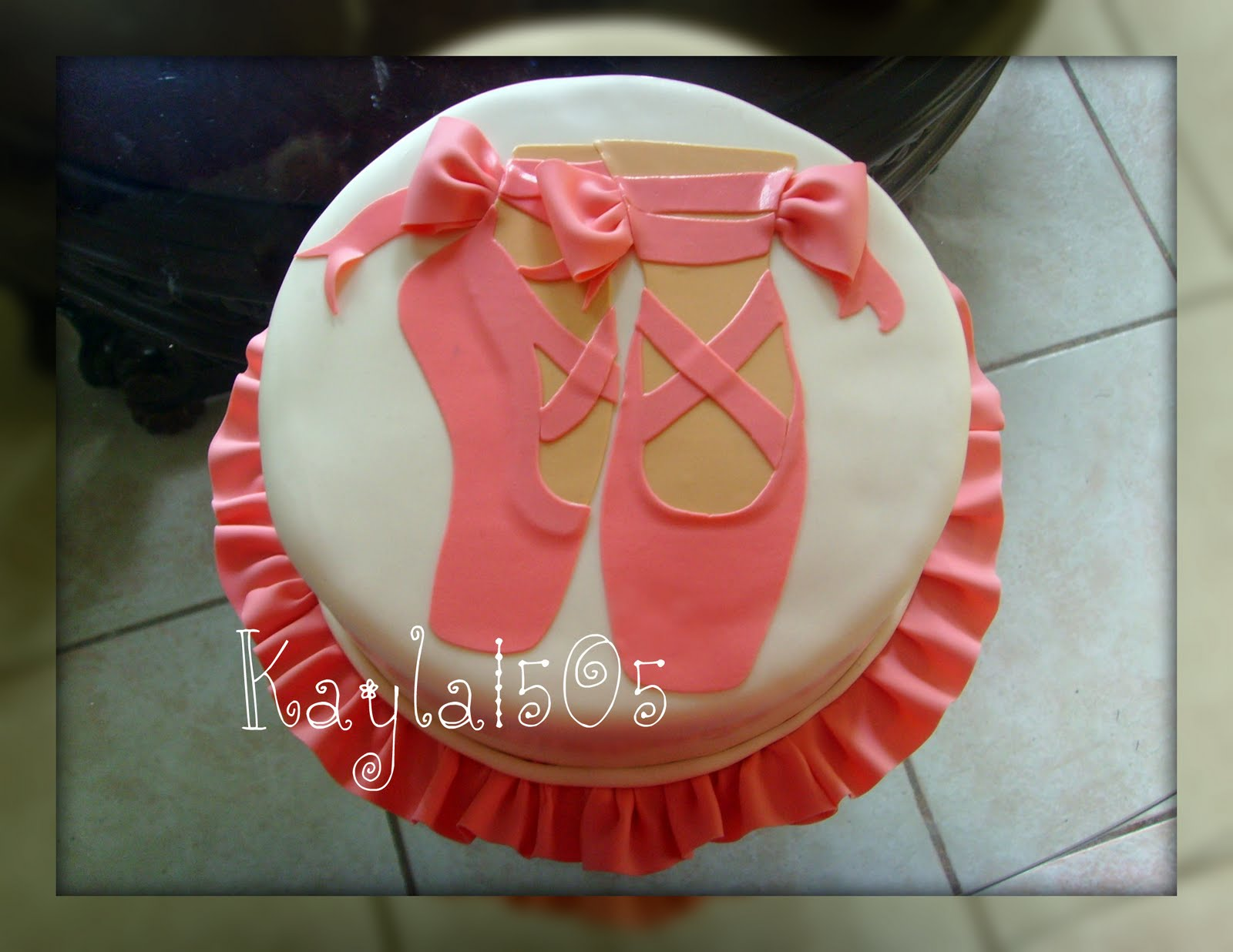 Cake Decorations Ballet Shoes : Ballerina Birthday Cakes on Pinterest Ballerina Cakes ...
