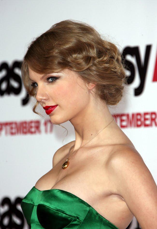 Facebook Myspace Youtube Wikipedia Juegos Taylor Swift Beautiful American Singer And Actress