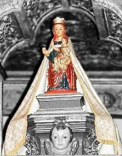 Virgen rotulada como de la Hoz con icono de la de Henar (R.M. PFV Hoz 1) Virgen+de+la+hoz