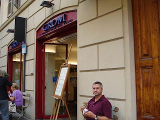 DELICIOUS ADVENTURES OF PICCOLO GASTRONOMO: Grom gelato