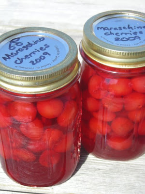 Lori's Lipsmacking Goodness: Homemade Maraschino Cherries