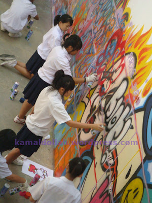 singapore graffiti girls,graffiti girls,graffiti singapore