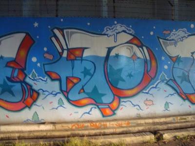cool graffiti christmas,graffiti murals,graffiti alphabet