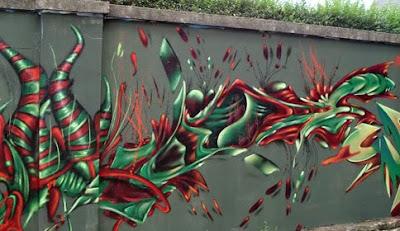 street graffiti,mural graffiti