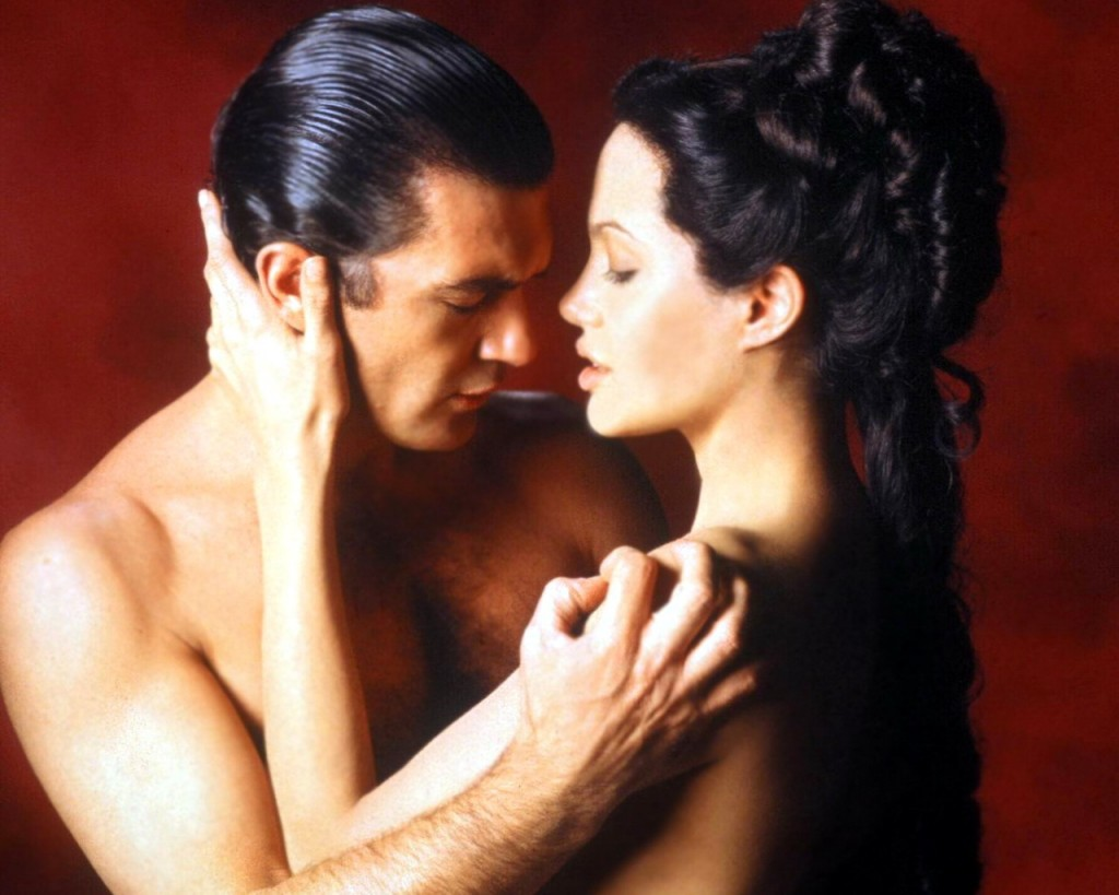 http://4.bp.blogspot.com/_JzWxWaURwP8/TNmsBDro0gI/AAAAAAAAB60/l-u-tvs1by4/s1600/Movies_Movies_O_Original_Sin_010386_-1024x819.jpg