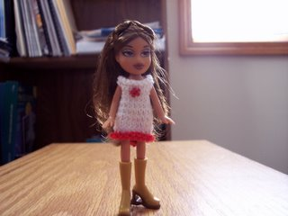 Knitting Patterns For Bratz Doll Clothes : FREE BRATZ DOLL KNITTING PATTERNS - VERY SIMPLE FREE ...