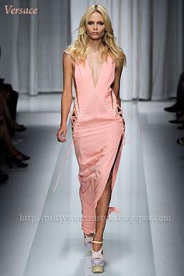 светлооранжева дълга рокля