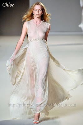 дълга рокля шампанско
