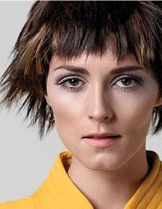 къса коса прическа с омбре ефект