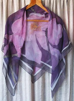 лилав ръно рисуван шал