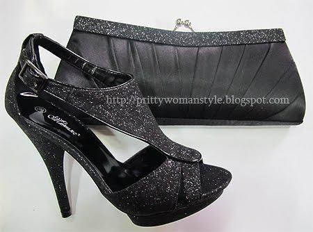 черни блестящи сандали с чантичка