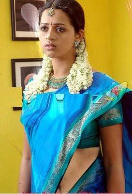 Bhavana  clevage,  Bhavana  thighs, Bhavana  glamor