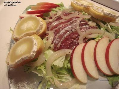 Salade de confit de canard et de chèvre chaud Salade+de+magrets+de+canard+3