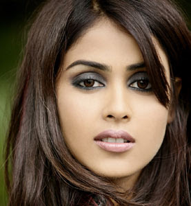 Pakistani Cricket PlayerGenelia Hairstyle In Force