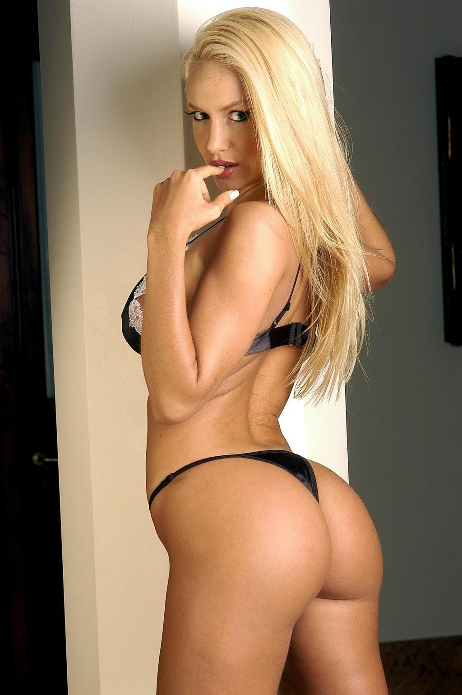 Luciana Salazar Nude Photos 70