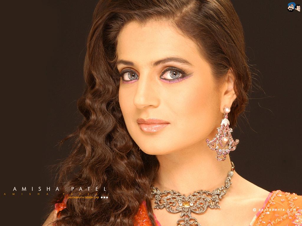 Wallpapers: Amisha Patel Wallpapers