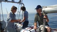 opa Loekie checkt de vissers