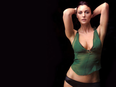 Monica Bellucci high resolution wallpaper