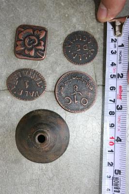Algunas monedas usadas en las Haciendas - Tlacos, fichas IMG_0686+(Medium)