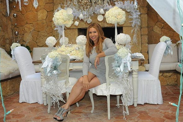 designer sandra espinet turned their home in to a white christmas winter wonderland here are some pics of her home - Celebrities Christmas Decorated Homes