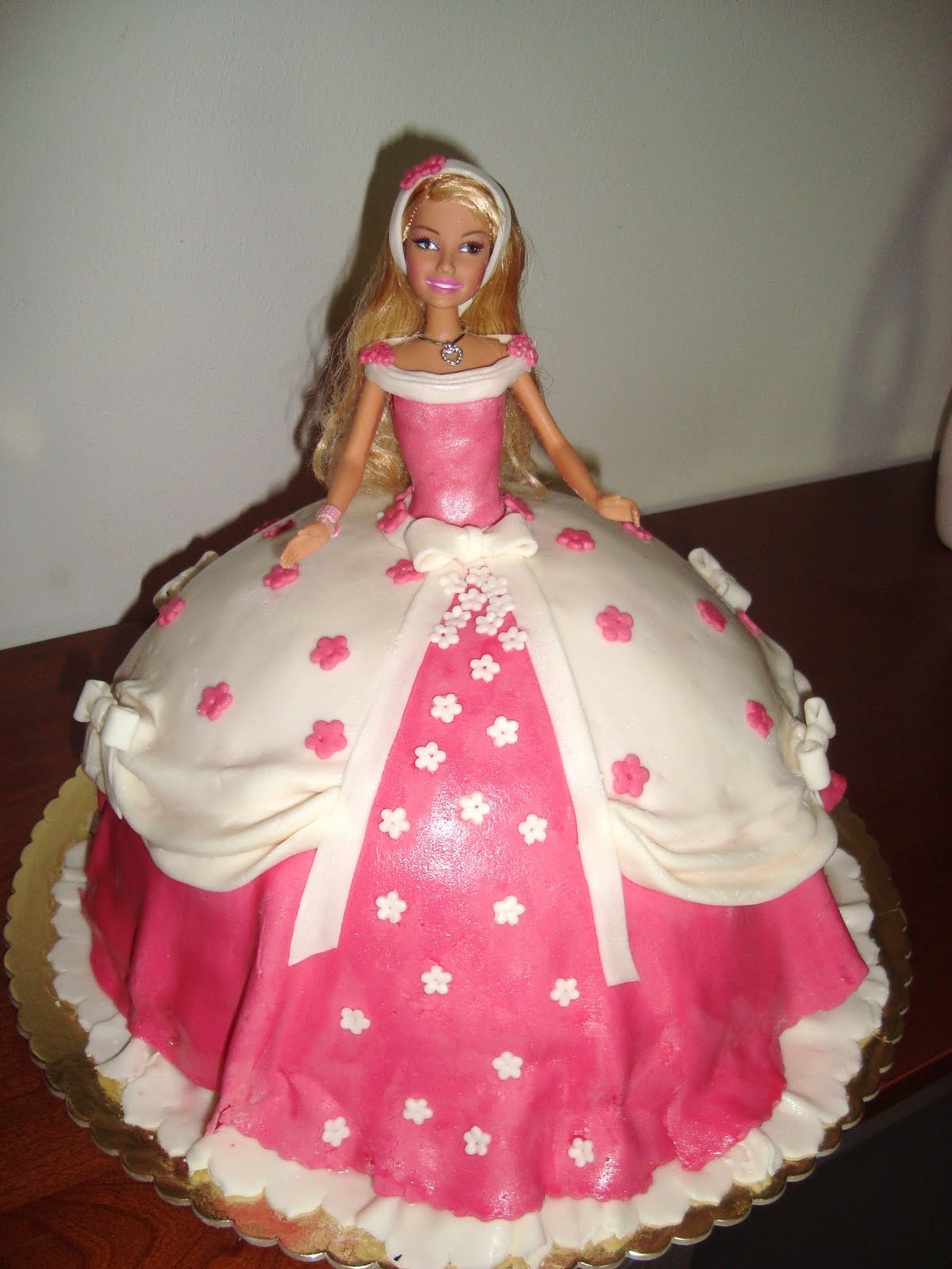 Le torte decorate torta barbie romantica