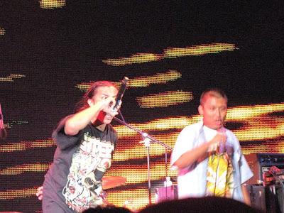 myanmar singer bangkok
