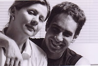 Fotógrafa Olga Vlahou e Beto Ribeiro, escritor do Livro Poder S/A - Histórias Possíveis do Mundo Corporativo