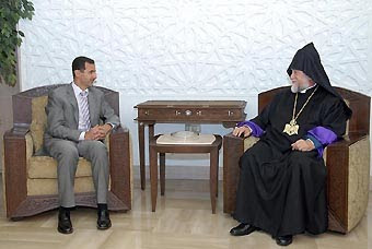 Արամ Ա. Կաթողիկոսը հանդիպել է Ասադի հետ.Տեսանյութ