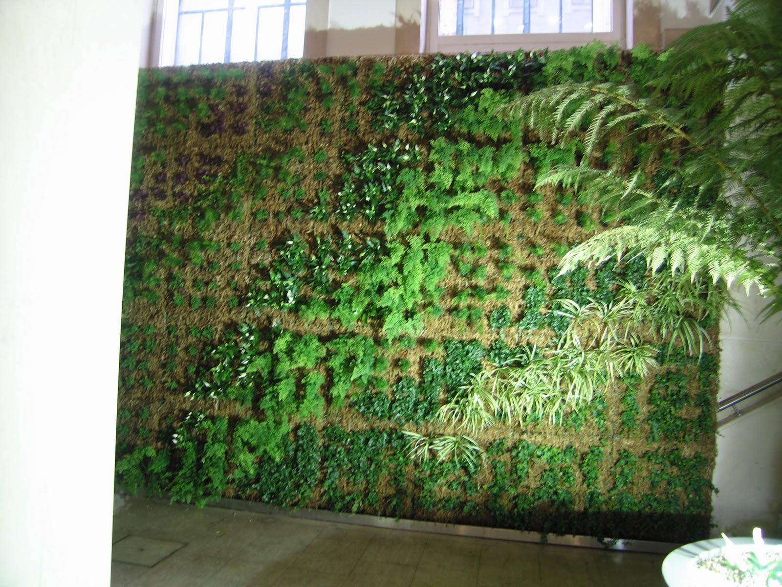 jardim vertical lisboa:Monteiro & Ricou portfolio: Obra – Jardins Verticais – CHIADO