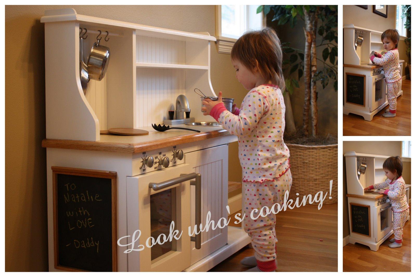 Как сделать у себя детскую кухню 230