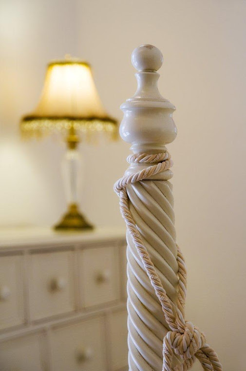 Turned bedpost