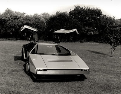 Elegant 1980 Aston Martin Bulldog Concept Car Images, i love it.