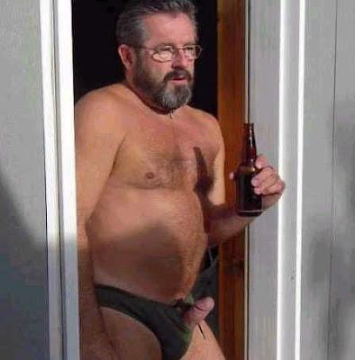 hombres gays maduros y muy peludos: