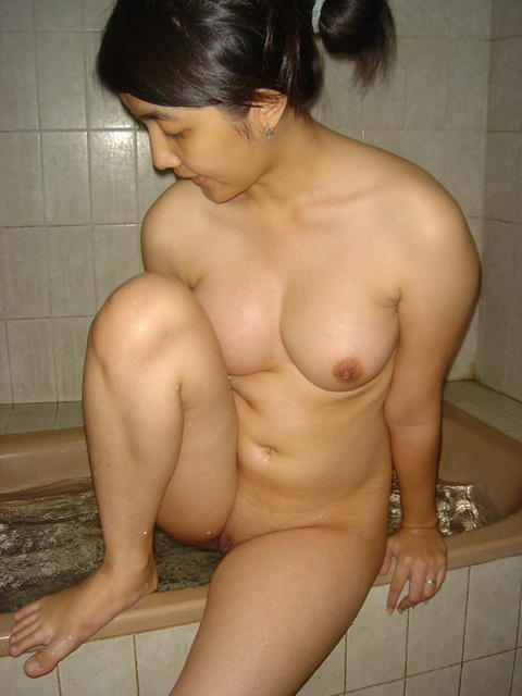 Horny Balinese Babes: October 2010