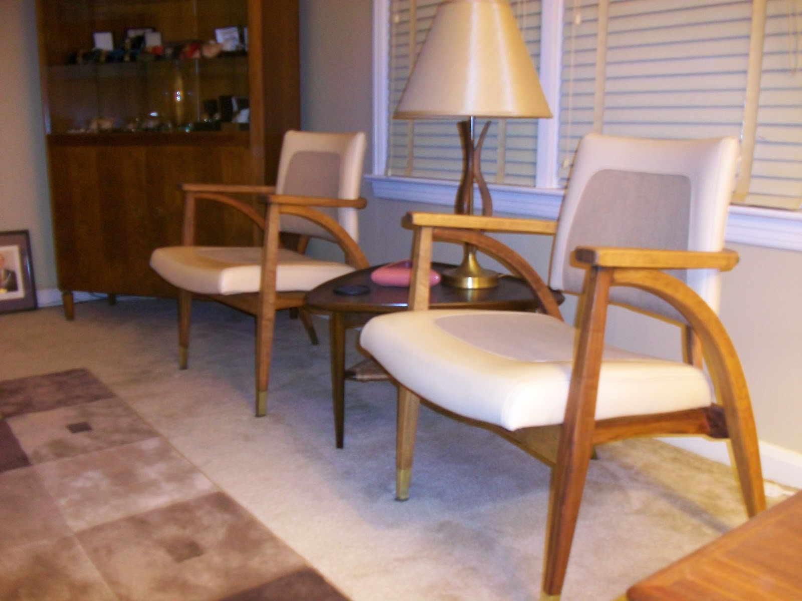 Nice Vintage Chairs From Boling Chair Co. North Carolina Circa 1949.