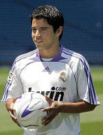 Javier Saviola, during his presentation at the Bernabéu