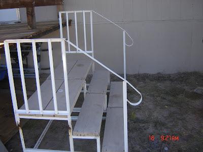 Home Photos: Mobile Home Steps