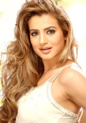 bollywood actress hot amisha