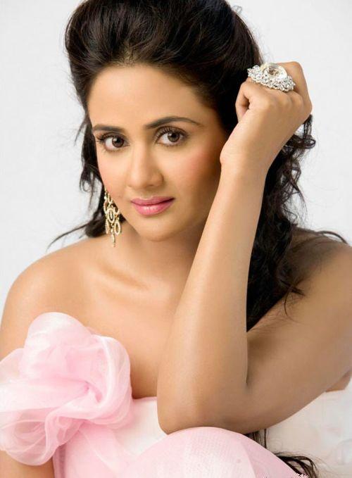 http://4.bp.blogspot.com/_KFpt7pcZGQY/SvO6lC26ChI/AAAAAAAALb0/J2MbB2sWj84/s1600/mallu_actress_pavithra4.jpg