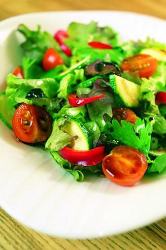 iso_salaatti.jpg